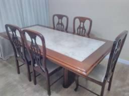 Mesa (mármore travertino), 6 cadeiras e balcão