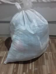 Fardo 50 Peças de roupas bazar/ brechó  ( sai 2,00 a unidade)
