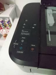 Vendo impressora toda perfeita R$180