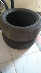 Vendo 02 pneus vulcanizados Pirelli 205/59 R17 93W
