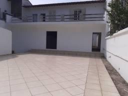 Aluguel de Casa com 08 quartos em salão no Recreio dos bandeirantes!!!