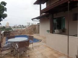 Casa à venda, 4 quartos, 2 suítes, 6 vagas, Renascença - Belo Horizonte/MG