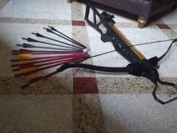 Balestra Crossbow ( Besta) Semi Nova Desmontável