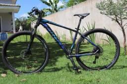 Bicicleta MTB Aro 29 First Lunix-Shimano Deore 11v-Tam.17 Alumínio- Nova Sem Uso