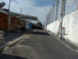Casa pronta pra morar condomínio na frente do shopping Via Norte