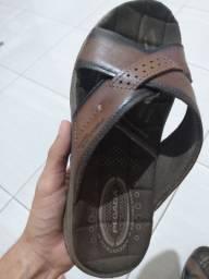 Sandália Pagada com 1 mês de uso.