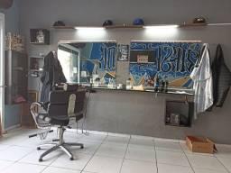 Título do anúncio: Vendo barbearia no CIC