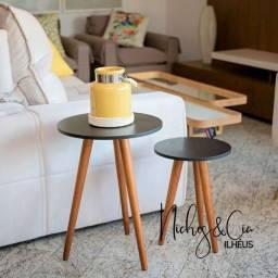 Mesas laterais com pé palito de canto