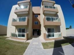 Apartamento com varandinha