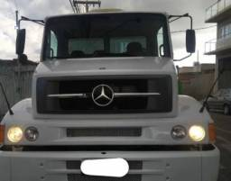 Caminhão MB L1620  em Macapá