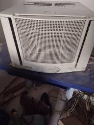 Ar-condicionado Arno 7.500