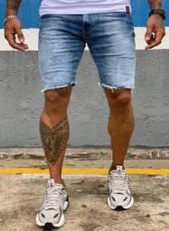 Bermuda Jeans Masculina Barra Desfiada Básica Com Lycra Estonada