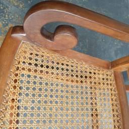 Cadeira Ipê e palhinha indiana