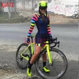 Título do anúncio: Macaquinho Ciclismo Feminino