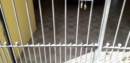 Vendo portão de ferro para garagem