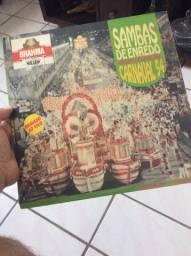 Disco LP vinil Sambas de enredo 94. Aceito cartões de crédito e débito