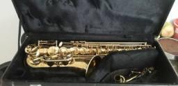 Saxofone alto usado
