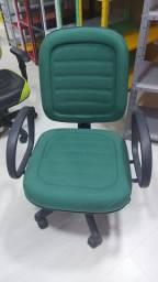 Cadeira direitor com costuras