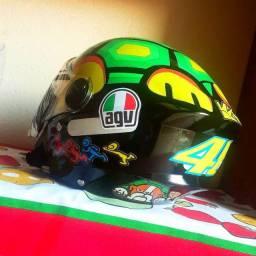 Vende-se capacetes personalizado agv em estoque