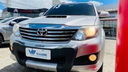Toyota Hilux SW4 SRV 3.0 Turbo 4x4 2013