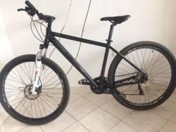 Bicicleta High One aro 29 com componentes Shimano