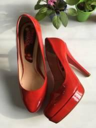 Sapato verniz vermelho tam38
