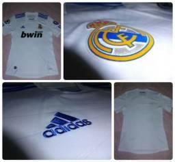 Camisa Adidas Real Madrid - Tamanho P - seminova! 69bf41f6ef57e