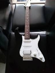 Guitarra yamaha modelo pacifica 112j zerada