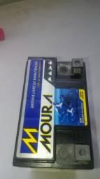 Vendo bateria moura 80 reais