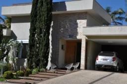 Casa em condomínio, 4 suítes, Jardins Madri, Goiânia, Goias. Frente a mata