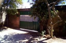 Casa sozinha no lote, 03 quartos na QR 416 Santa Maria