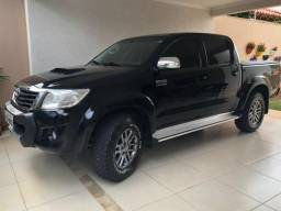 Hilux SRV 2015 completa. - 2015