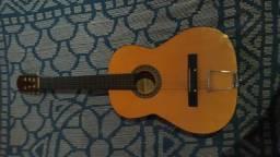 Vendo esse violão urgente 60 Reais