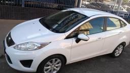 Ford New Fiesta Sedam 1.6 flex - 2012