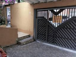 Casa Térrea - 3 Dormitórios - 11 x 20 m área - Itaquera - Financia