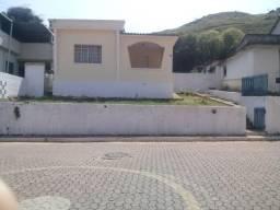 Título do anúncio: Casa à venda com 3 dormitórios em Centro, Moeda cod:7403