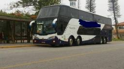 Ônibus panorâmico DD
