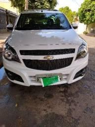 Gm - Chevrolet Montana - 2015
