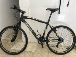 Vendo Bike e conjunto de ciclismo