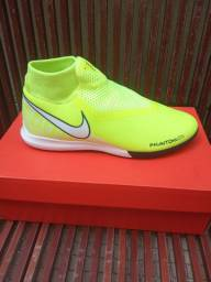 Chuteira Nike para futsal