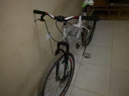 Bicicleta arrumada