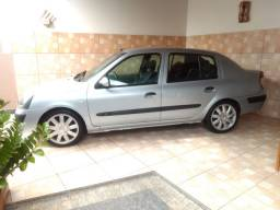 Lindo Clio sedan 2006 completo