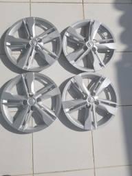 Vendo 4 Calotas Nissan Kicks ou Versa novas