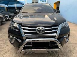 Toyota Hilux SW4 2.8 SRX 2016/2017 (37.800Km) único dono, super nova!!