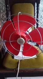 Ventilador antigo funcionando