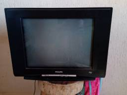Televisão de tubo e DVD
