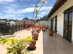 Cobertura linear com mais de 300 m² em Agriões, Teresópolis/RJ