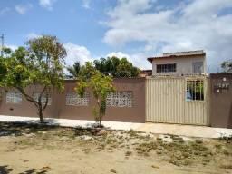 Vendo ou troco casa escriturada em Guriri próximo à praia
