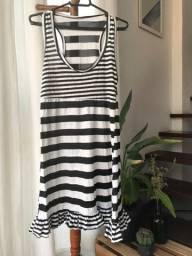Roupas - Vestido listrado preto e branco