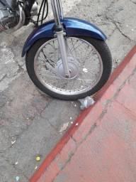 Vendo o par de roda de ferro troco por palito